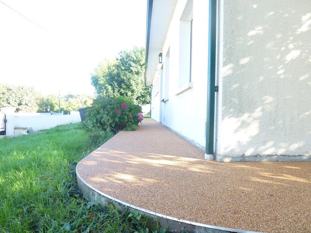 14 - Détourage maison tapis pierre alsace