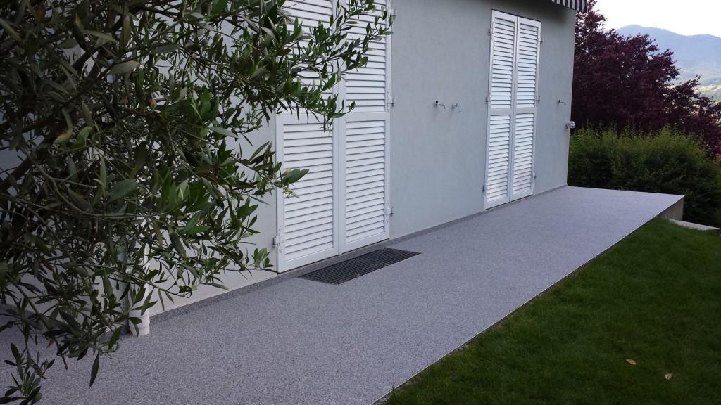 transformation terrasse - moquette de pierre - Avant après - 02