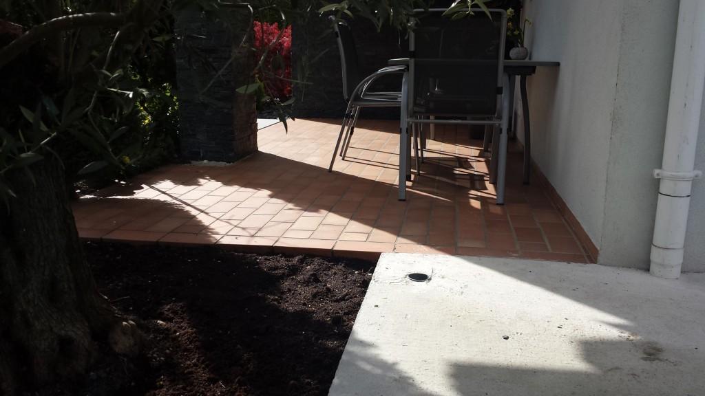 transformation terrasse - moquette de pierre - Avant après - 03