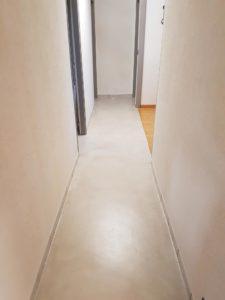beton-resine-couloir