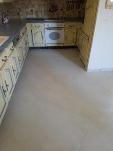 sol-cuisine-beton-resine-haut-rhin