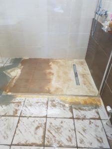 travaux-toilettes-carrelage-beton-resine-alsace